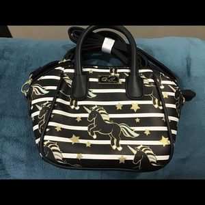 Luv Betsey WILL BE REMOVING PURSE 10/18/2019.